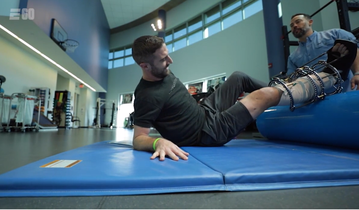 E60 To Air Project 11 A Behind The Scenes Look At Alex Smith S Injury And Recovery